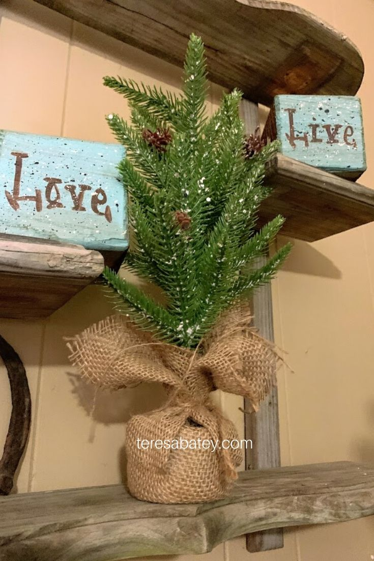 How to transition from Holiday to Winter Decor 3