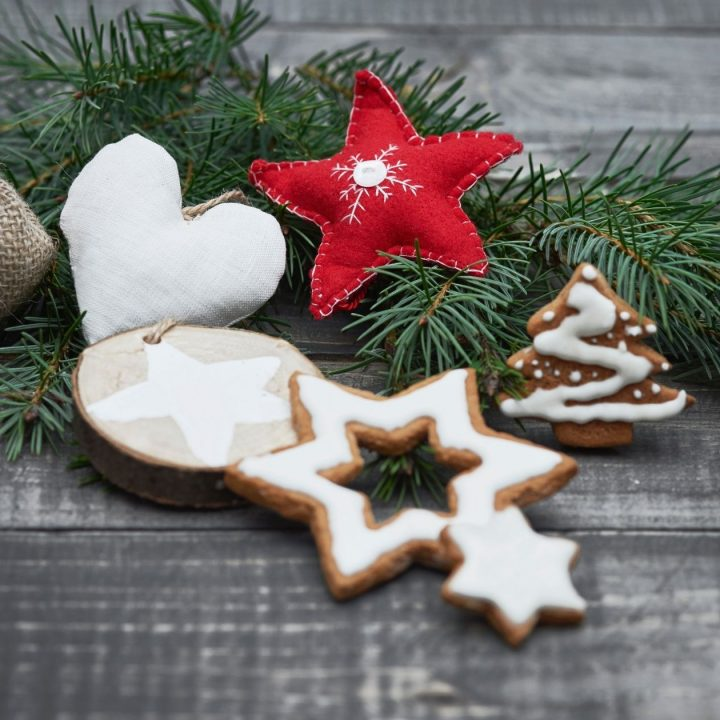 7 Easy Christmas Crafts You Need To Check Out